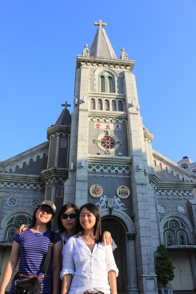 路過的玫瑰聖母堂,是台灣的第一間天主教堂喔