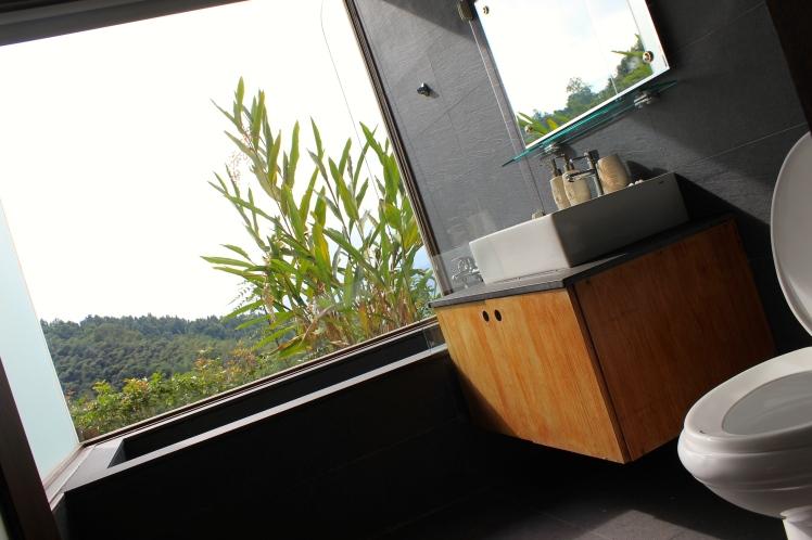 浪漫的浴室 XD
